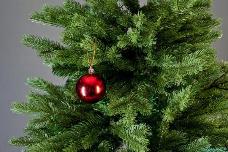 Управляющие компании могут подать заявки на установку новогодних елок в курганских дворах