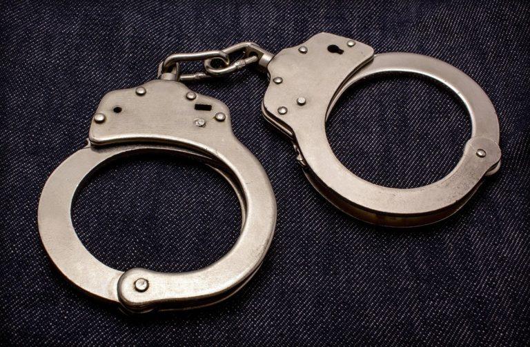 В Курган доставили подозреваемого в рассылке ложных сообщений о минировании