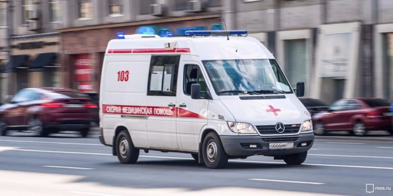 В Кургане умер водитель до приезда «скорой»
