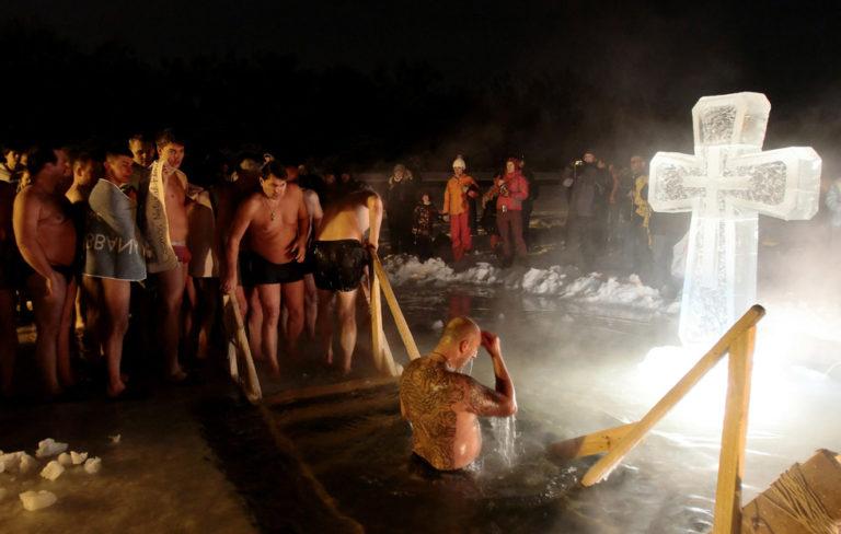 Курганцев могут оставить без теплых палаток для переодевания после крещенских купаний