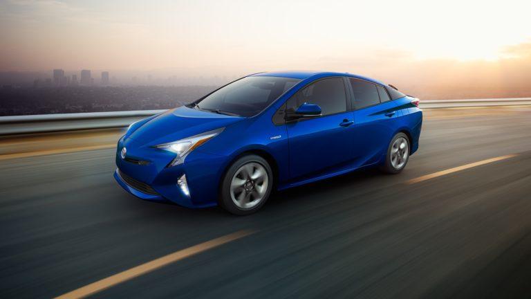 Toyota запускает сервис использования машин по подписке
