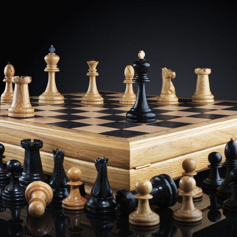В Кургане проходит турнир по быстрым шахматам