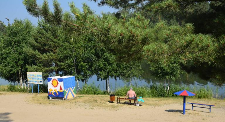В Кургане стартует купальный сезон на карьере Голубые озера