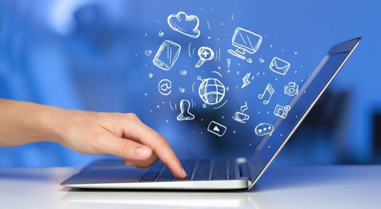 Школы Курганской области оснастят высокоскоростным интернетом и новейшей техникой