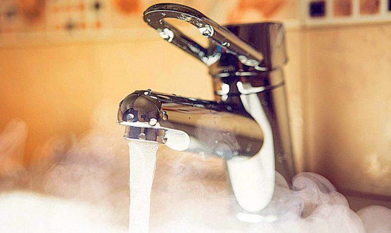 В Кургане возникла проблема с подачей горячей воды в центральную часть города
